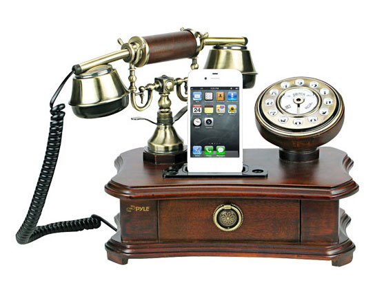 1 Pyle Audio Retro Home Telephone iPhone images - Pyle Audio Retro Home Téléphone : Dock et Telephone Rustique pour iPhone (images)