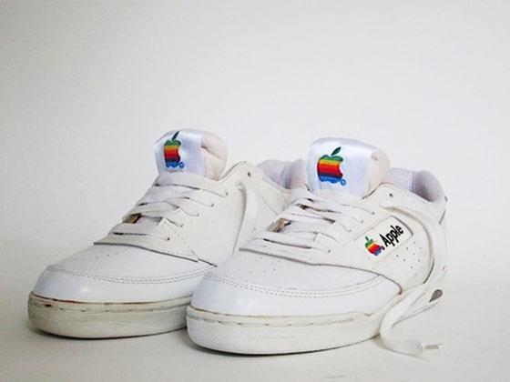 1 vintage apple sneakers baskets retro - Authentiques Baskets Apple Computer 1990 (images)
