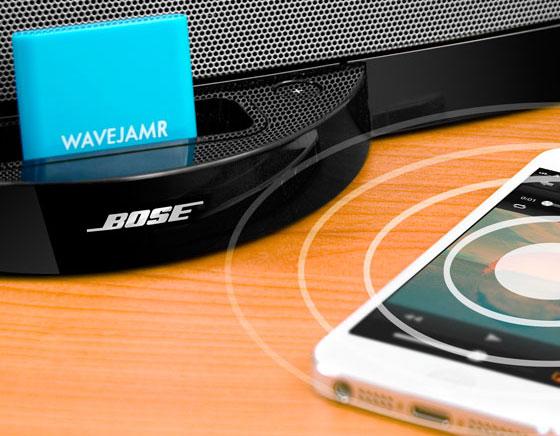 WaveJamr iPhone iPad : Un Dongle Bluetooth pour vos Anciens Docks (vidéo)