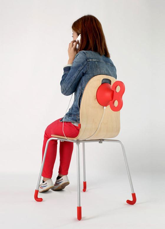 WindUp Chair Chaise avec Chargeur de Batterie pour iPhone (vidéo)
