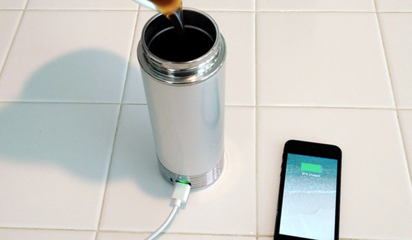 ThermaCharge-iPhone-Thermos-Chargeur