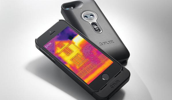 FLIR-One-iPhone-Camera-Thermique-1