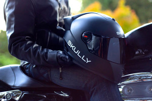 skully-ar1-casque-moto-connecte-1