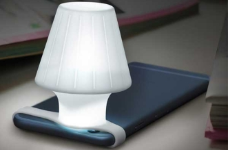 travelamp-lampe-chevet-iphone-1