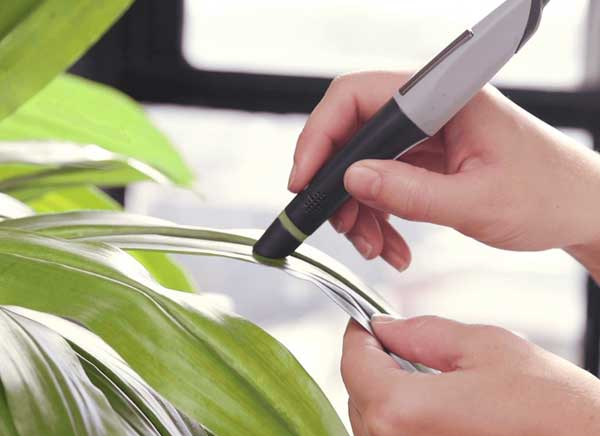 scribble pen stylet scanner couleurs 2 - Avec ce Stylet, Scannez les Couleurs et Dessinez Avec (video)