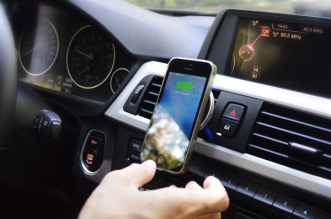 put2go-support-voiture-chargeur-sans-fil-iphone-3