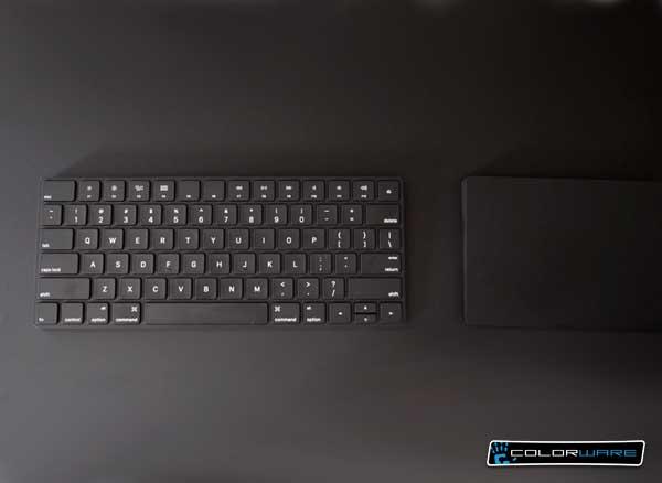 colorware clavier apple trackpad souris noir 1 - Clavier Magic Keyboard et Magic TrackPad en Noir c'est plus Chic ! (images)