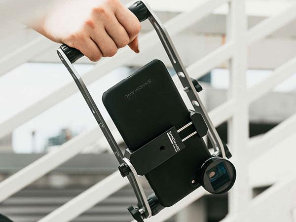 sandmarc film rig stabilisateur iphone smartphone maxiapple 02 - SandMarc Film Rig, Stabilisateur Manuel pour iPhone (video)