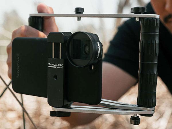sandmarc film rig stabilisateur iphone smartphone maxiapple 03 - SandMarc Film Rig, Stabilisateur Manuel pour iPhone (video)